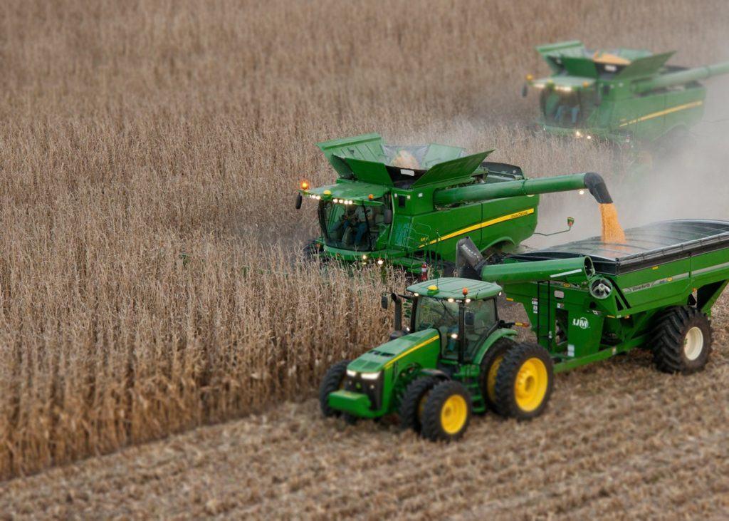 harvesting-combine