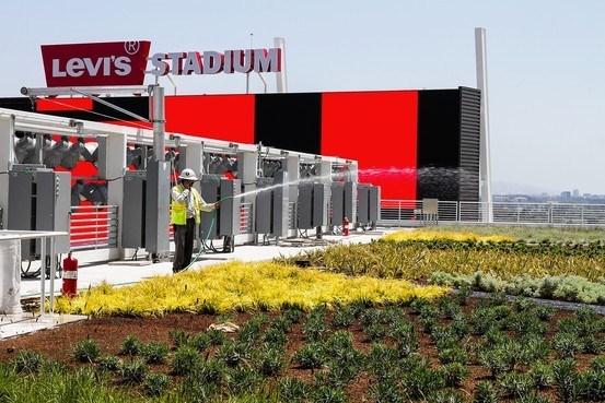 Levi Stadium's 4,000 sq. ft. rooftop farm