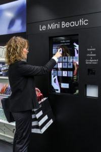 Sephora's first Flash connected store in Paris.