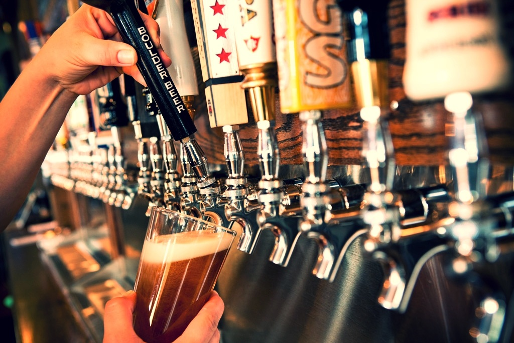 taps-with-hand-background