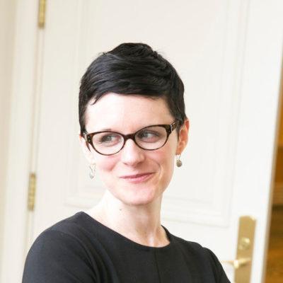 Headshot of Colleen Ammerman